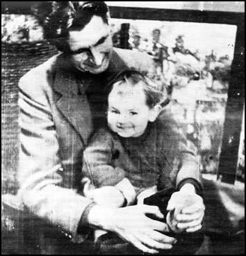 PORTRAIT: George Orwell There is a photograph, taken around 1946 in Islington, of Orwell with his adopted son, Richard Horatio Blair.