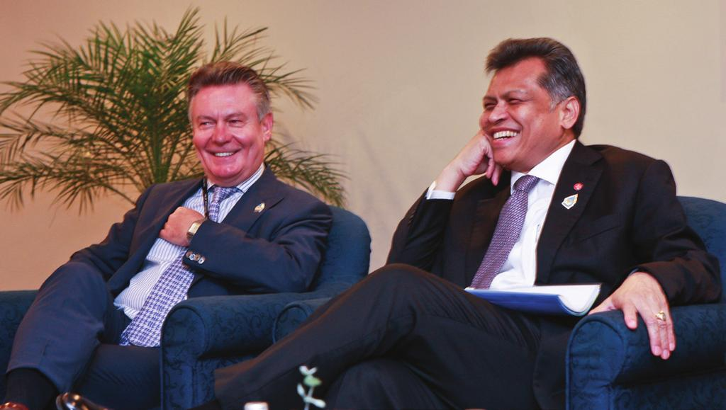 EU Trade Commissioner Karel De Gucht (left) with ASEAN Secretary General Dr Surin Pitsuwan (right) during the 1st EU-ASEAN Business Summit, Jakarta, May 2011 Strengthening EU-ASEAN Trade and