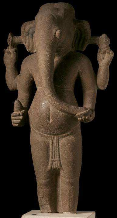 THE RED LIST OF CAMBODIAN ANTIQUITIES AT
