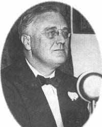 Fireside Chat On March 12 th, before the first banks would reopen, Roosevelt went on the radio to explain his New Deal legislation and reassure the nation.