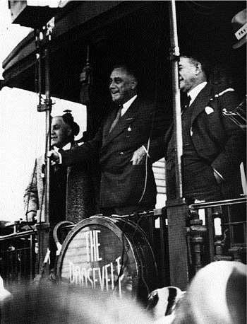Franklin D. Roosevelt s Appeal In 1932 presidential election, FDR was perceived as a man of action. Hoover was viewed as a do-nothing president.
