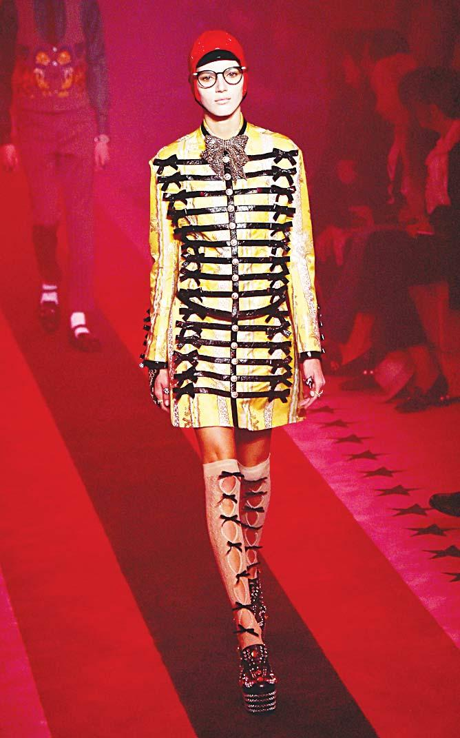 Rober to Cav MILAN Above and below: Models present creations by N 21, Roberto Cavalli, Francesco Scognamiglio, Gucci and Philipp Plein during Milan Fashion Week on Sept 21.