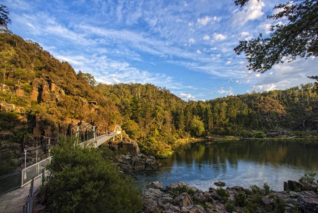 freelancers and to enjoy the peace and beauty of Launceston and its