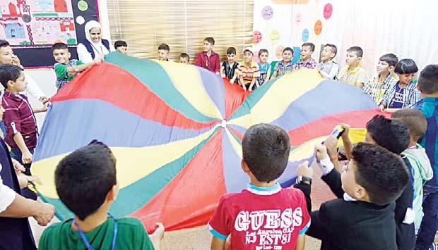 LOCAL 3 ICQE provides education to 70,000 Syrian refugees Weekly roundup of Kuwait s regional humanitarian efforts KUNA photos Humanitarian Team (Insani) managed to secure fi nancial support to help