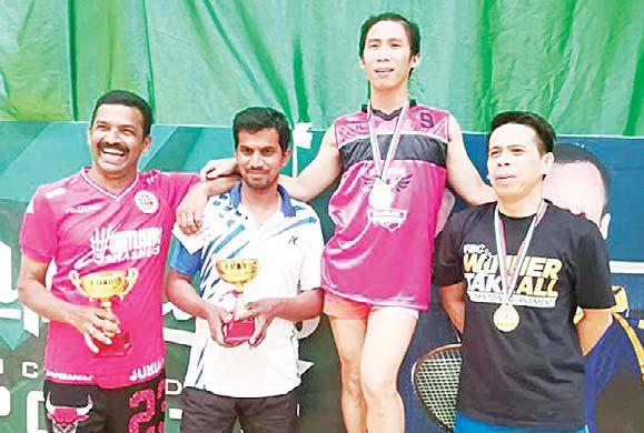 SPORTS 31 FBC holds 88th regular badminton tournament By Michelle Fe Santiago Arab Times Staff KUWAIT CITY, Oct 7: The Filipino Badminton Committee in Kuwait (FBC) opened its 88th regular tournament