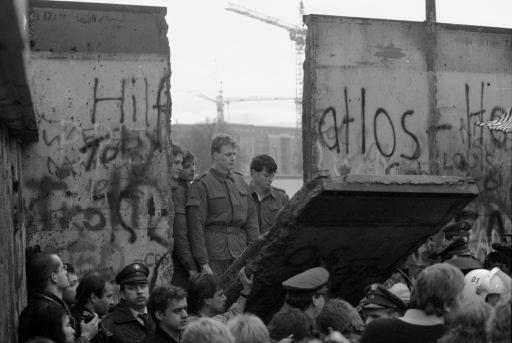 END OF THE COLD WAR 1989 -The Berlin Wall is torn down marking the end of the Cold War Steps to end the Cold War - US recognizes