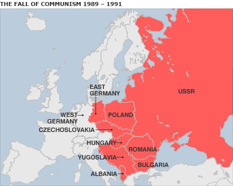 SOVIET UNION BREAKS UP The Soviet Union was made up of 15 republics (states) Without a strong central government, the Soviet Union broke apart.