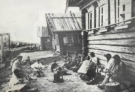 Russia was a large country covering 1/6 of the world s land surface BUT it was economically behind there was very little industry and over 80% of the people lived and worked on the land (agrarian
