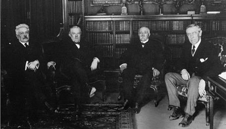 Meet in Paris to decide the terms of the peace treaty (January 1919). President Woodrow Wilson (U.S.