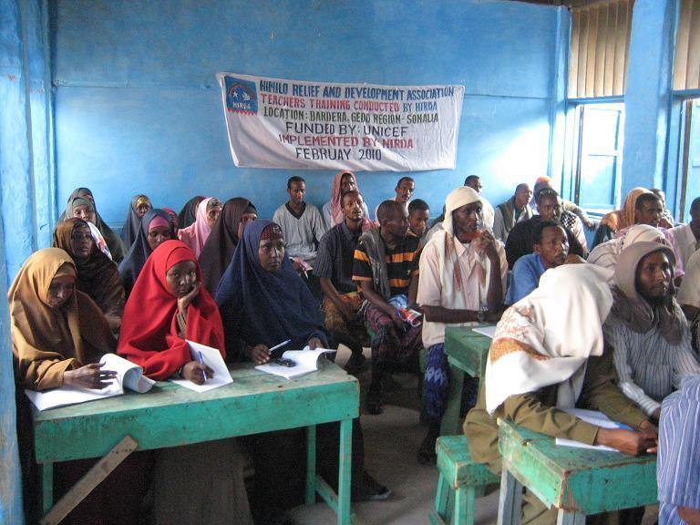 organized together a teacher training conducted In Bardere and participated by 270 teachers from GEN member schools in Gedo and mentors and mobilizers. Teacher Training Program 6.