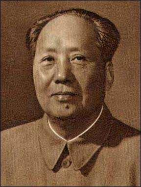 Communism Spreads: China Following WW II, China was involved in a civil war between the U.S. backed Nationalist government and Mao Tsetung Communist forces Despite help from the U.
