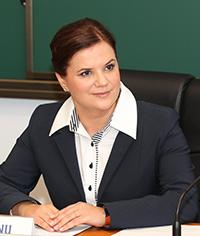 SPEAKERS Alina Bârgăoanu, Professor and Vice-Chancellor of the National University of Political Studies and Public Administration (Romanian School of Government), Chancellor between 2012-2014;