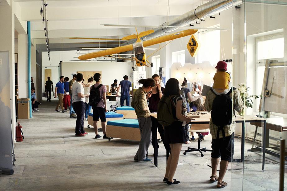 EIR EXCELLENCE AWARDS NOD makerspace Launched in 2015, the NOD makerspace project is the first large scale creative community center in Romania.
