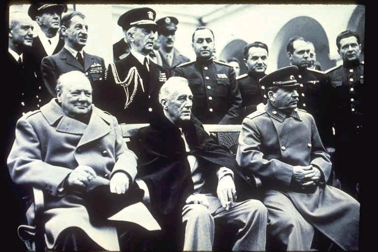 THE YALTA CONFERENCE FEBRUARY, 1945 U.S., BRITAIN & SOVIET UNION GOALS: 1. TO PROMOTE WORLD PEACE 2. TO PROVIDE EMERGENCY RELIEF 3.