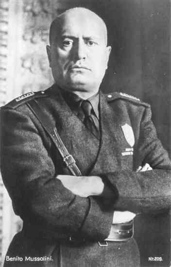 Benito Mussolini Gained widespread support in 1920 Resulted from the successful use of violence against socialists in Italy His Black